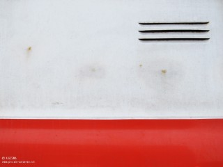 07.02.2011_Red-and-white.jpg