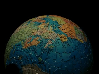 09.01.2011_Earth-Puzzle.jpg