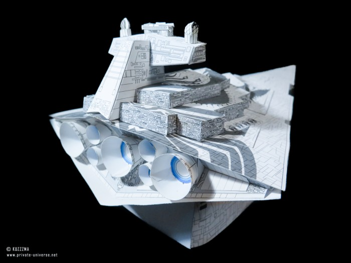 01.02.2020_Imperial-Star-Destroyer--Chimaera--grey-ver._05.jpg