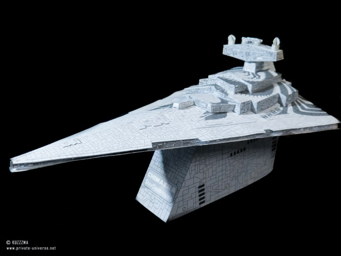 01.02.2020_Imperial-Star-Destroyer--Chimaera--grey-ver._07.jpg