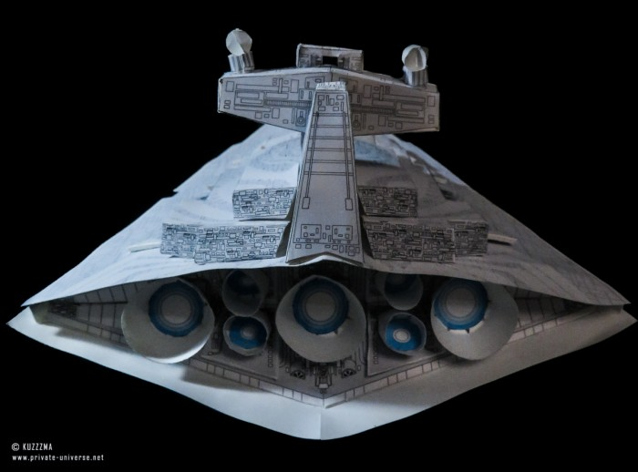 01.02.2020_Imperial-Star-Destroyer--Chimaera--white-ver._06.jpg
