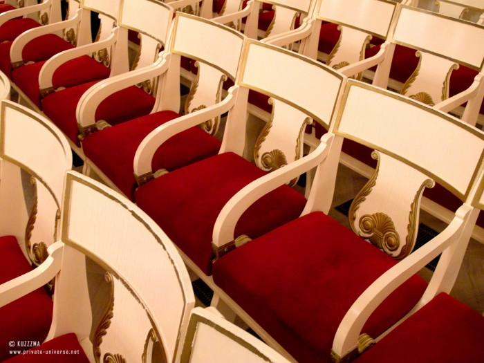 31.12.2011_Rows-of-chairs.jpg