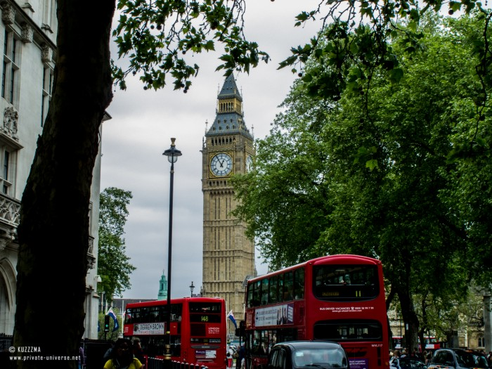 01.06.2013_12.56_Big-Ben-and-busses.jpg