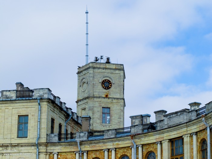 02.04.2011_15.31_Clock-tower.jpg