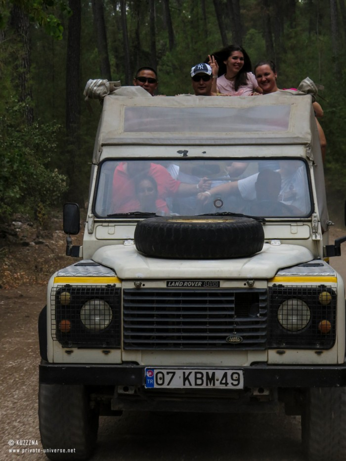31.07.2015_17.13_Jeep-safari---Fellow-travellers.jpg
