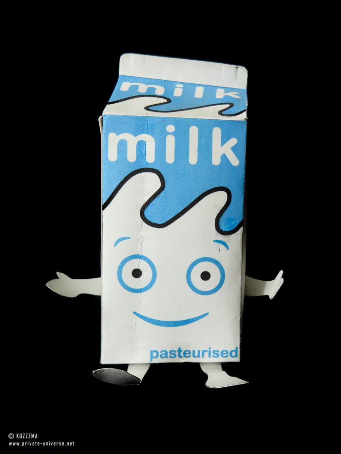 01.09.2019 Milk (Coffee & TV) papertoy