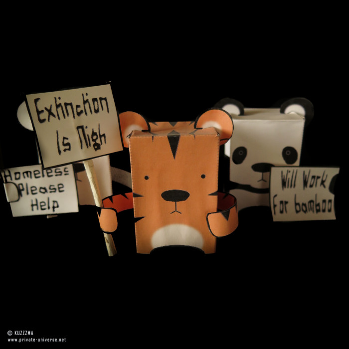 07.01.2015_Endangered-papertoys.jpg