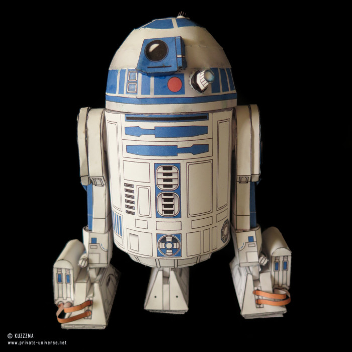 07.01.2015 Star Wars R2-D2 papercraft 01