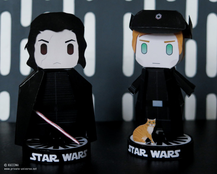 25.04.2021_Paperized-Kylo-Ren-and-Hux-papertoys_02.jpg