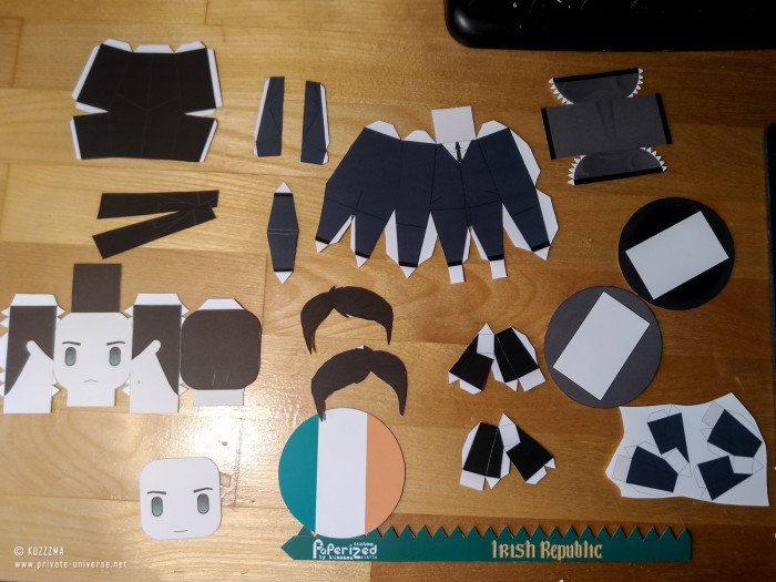 23.05.2021 Michael Collins papertoy How to 03
