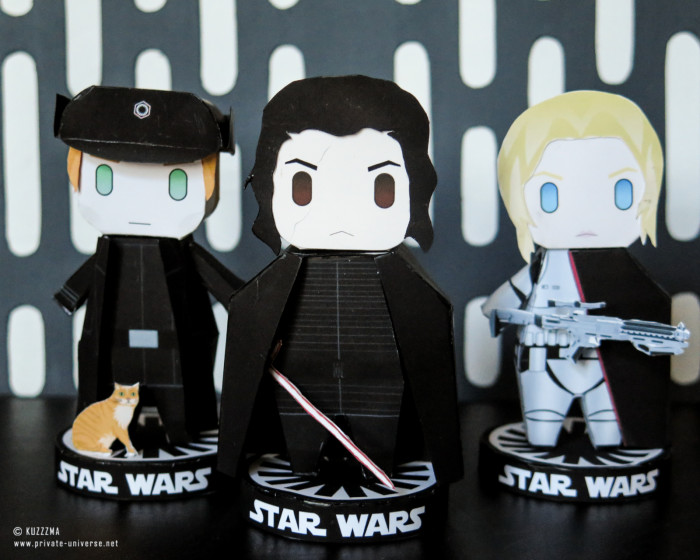 26.05.2021_Paperized-Star-Wars-General-Hux-Kylo-Ren-and-Captain-Phasma-papertoys_02.jpg